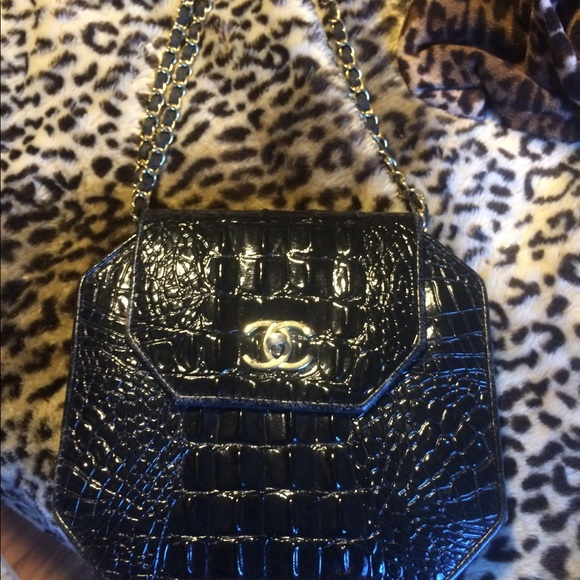 CHANEL Bags   Vintage Alligator Leather Handbag   Poshmark fb9fdbe98b